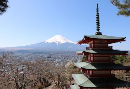 Fuji-san na wiosnę