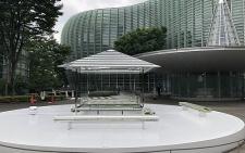 """Szklany pawilon herbaciany """"Glass Tea House Kou-an"""" w Tokio"""